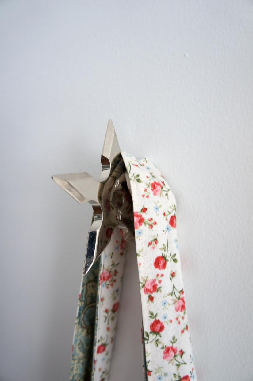 Ninja star wall hook