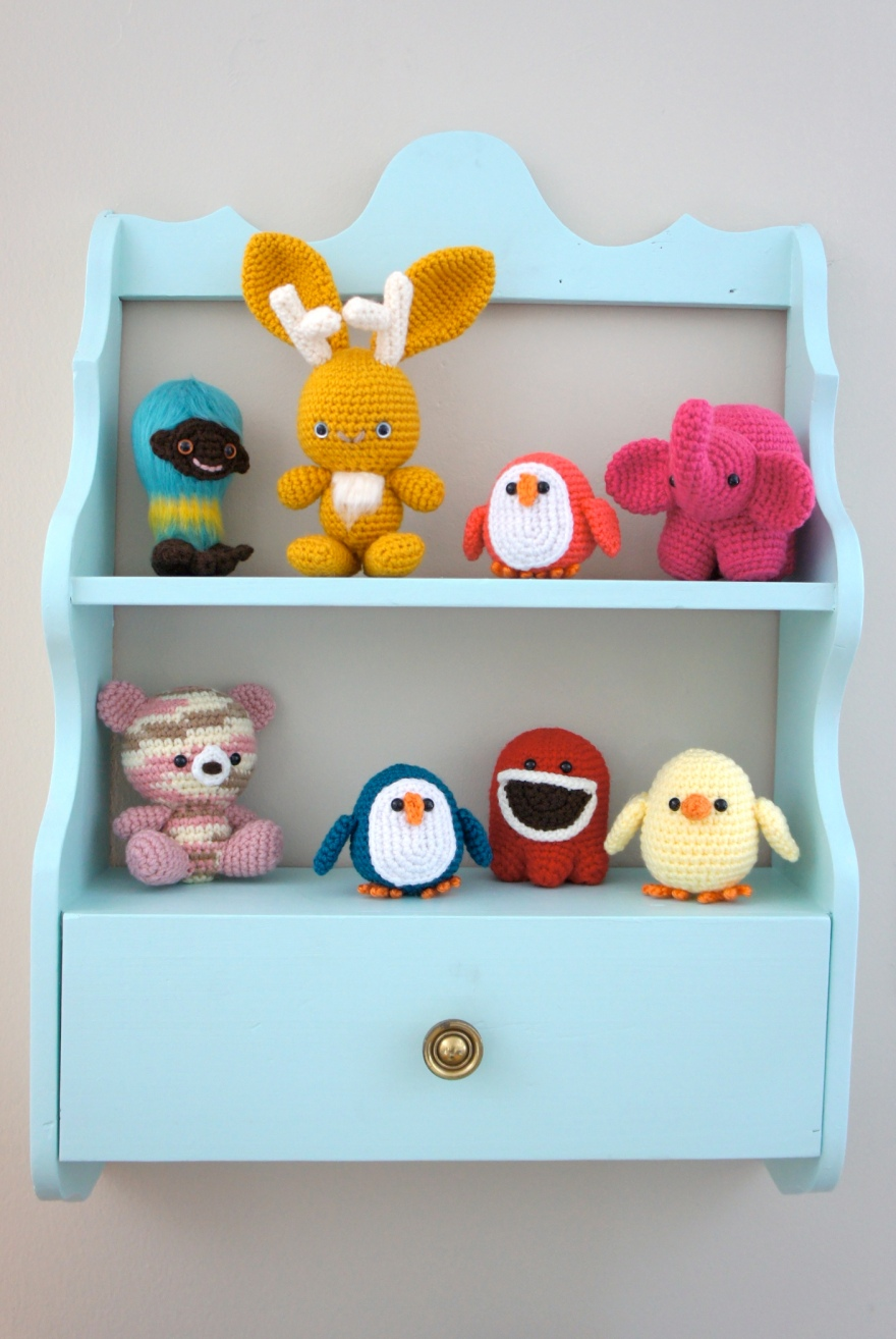 Amigurumi Shelf